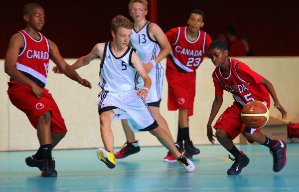 1752_8_Basketball13b